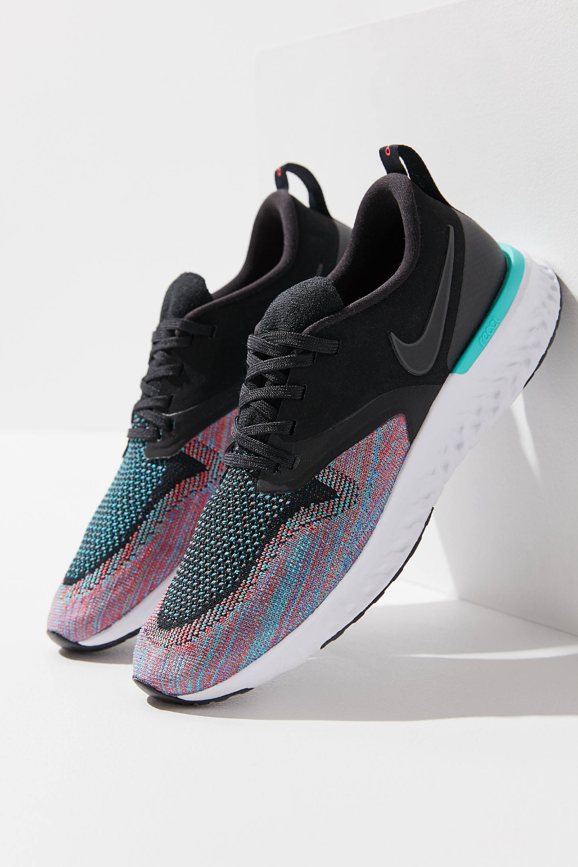 Nike Odyssey React Flyknit 2 Sneaker