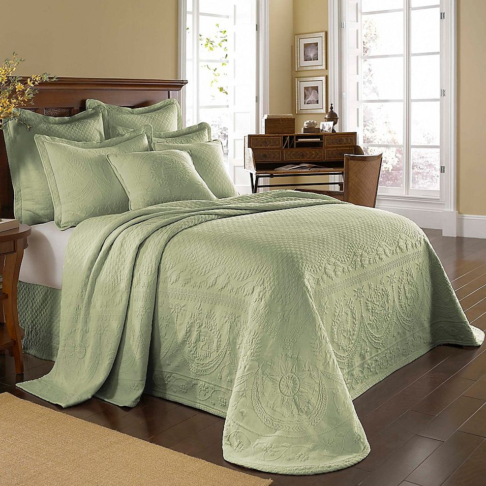 Historic Charleston Collection Matelasse King Bedspread In Sage In