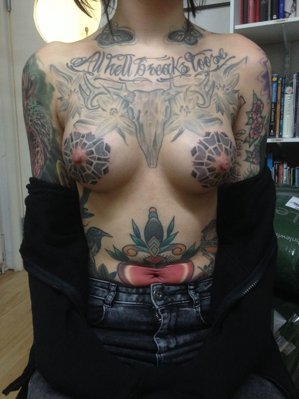 Big Boobed Naked Women With Tattoos