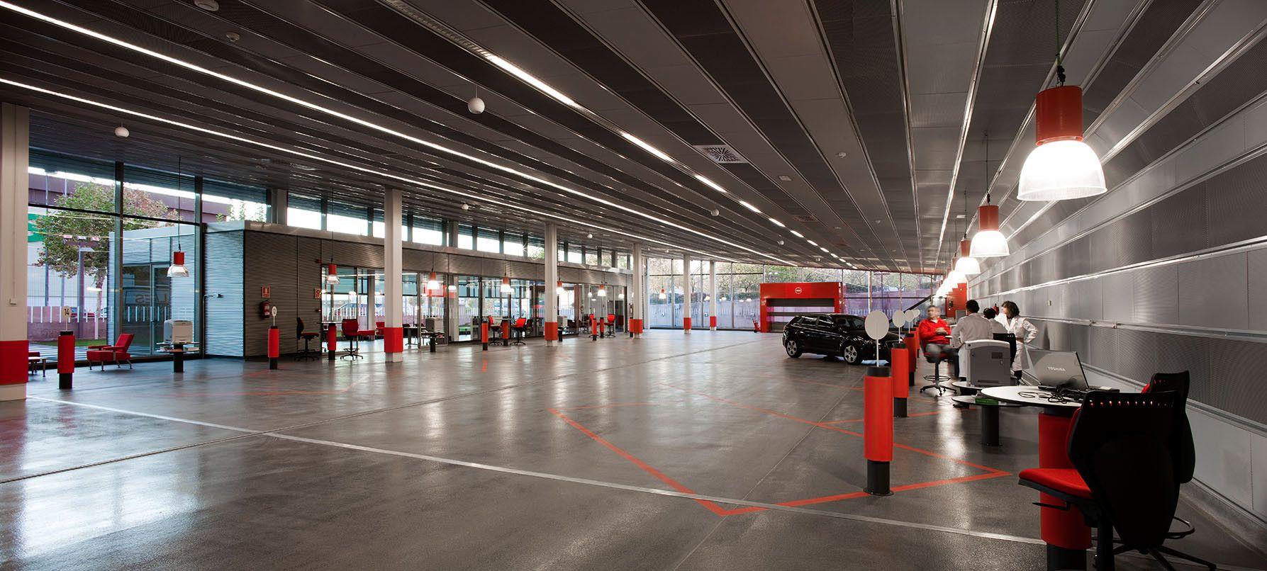 Galeria de Centro de Serviço do Automóvel / Beriot, Bernardini Arquitectos - 17