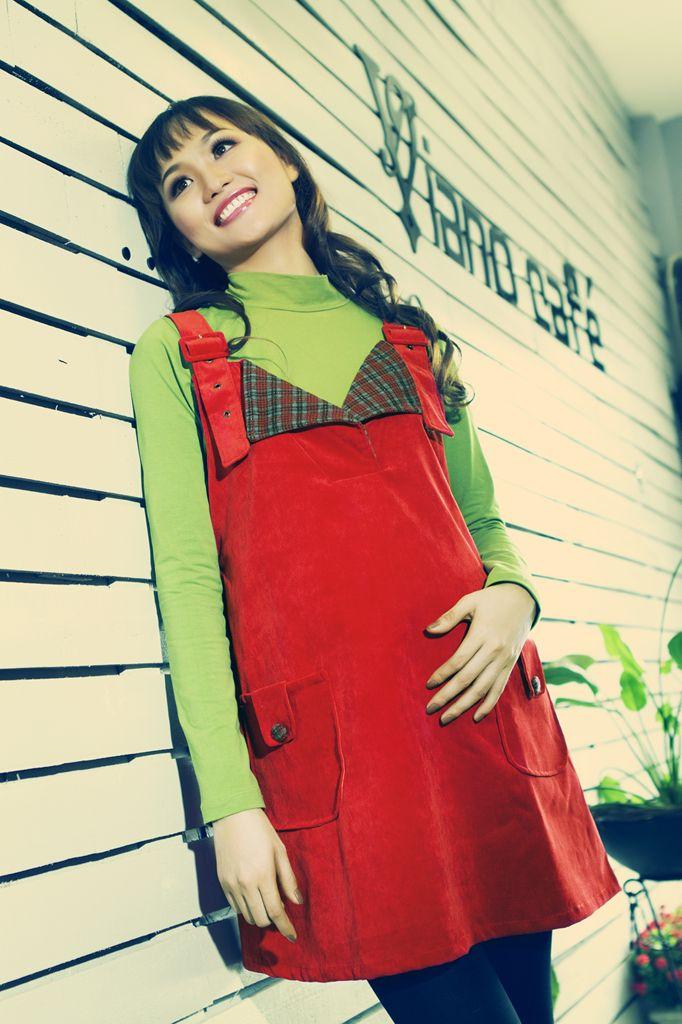 Áo váy bầu mùa Đông, cổ bẻ cách điệu trẻ trung