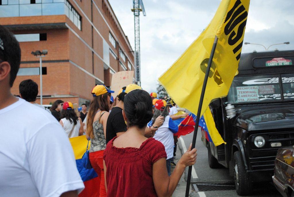 #El2alas2 en #Merida protesta mundial en contra del Ilegitimo Maduro
