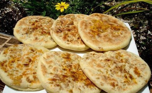 Batboute farci au viande choumicha cuisine marocaine - Cuisine de choumicha recette de batbout ...