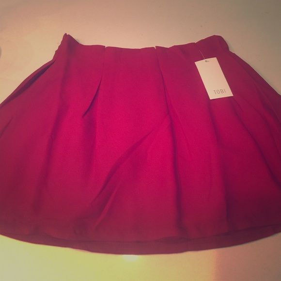 PRICE DROP Red medium Tobi skater skirt NWT Medium Crimson skater skirt NWT Tobi Skirts Circle & Skater
