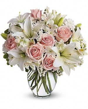 Flawless Rose باقة ورود فلولس Amman Jordan Flowers ورود عم ان الأردن We Deliver Flowers Gifts Free توصيل مجاني للورود و الهدايا Birthday Flowers Bouquet Flower Arrangements Beautiful Flower Arrangements