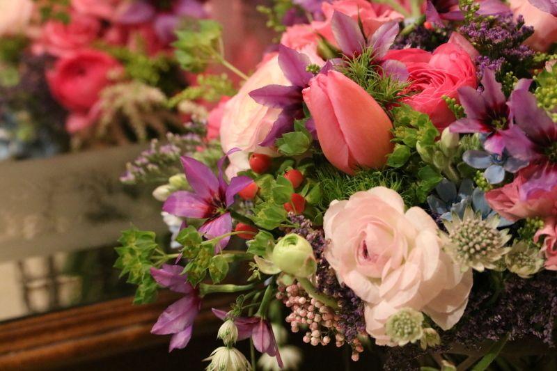 レッスンの花束 ミセス サファイア 静けさの中で フラワーアレンジメント モダン フラワーアレンジメント 花束