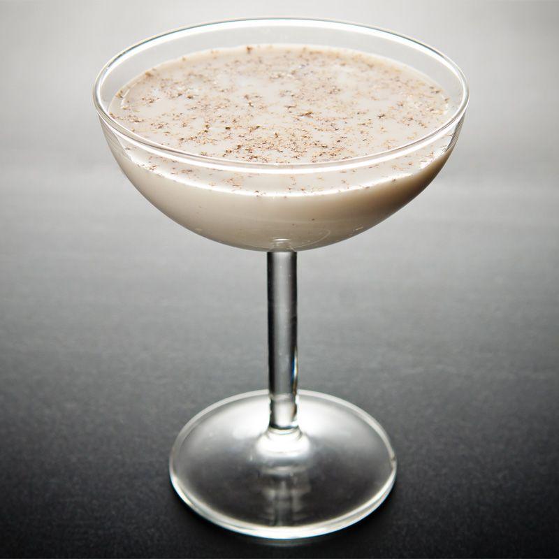 Brandy Alexander Recipe Brandy Alexander Fun Cocktails