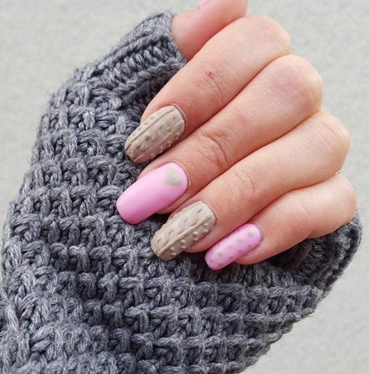 Lo último manicura, inspiración en lana