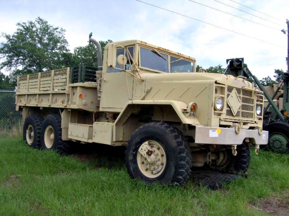 M923a2 5 Ton Cargo Truck Find More Military Vehicles On Govliquidation Military Vehicles Army Vehicles Armored Vehicles