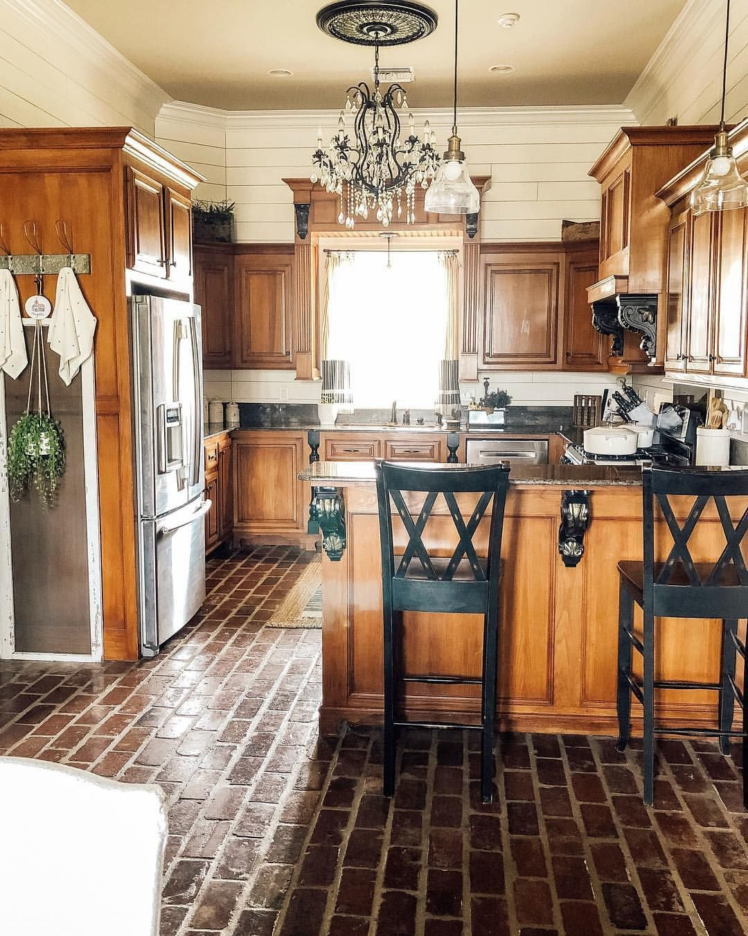 Best Farmhouse Kitchen White And Wood Kitchen Farmhouse 400 x 300