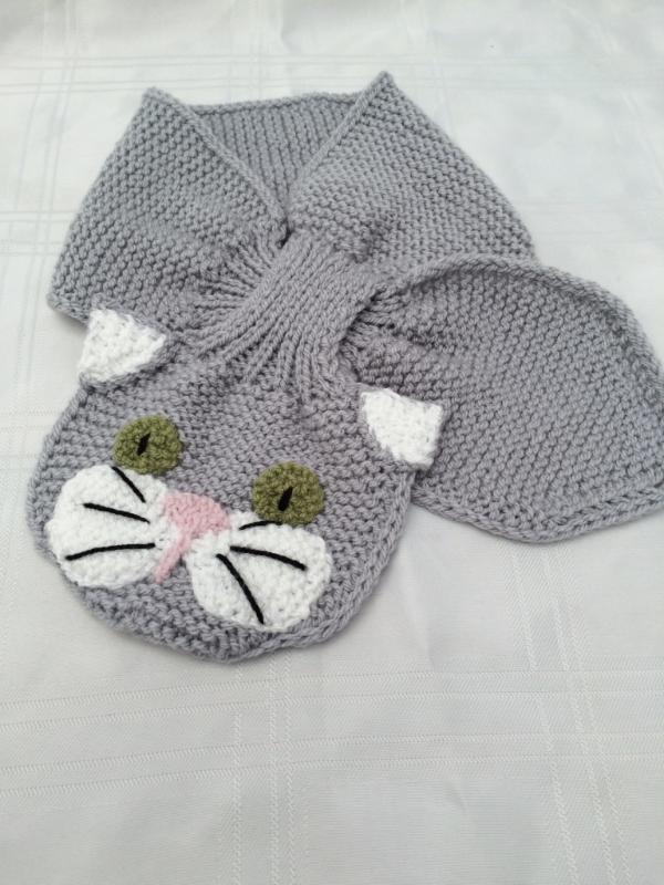 Animal Keyhole Scarves (knit) #bonnets