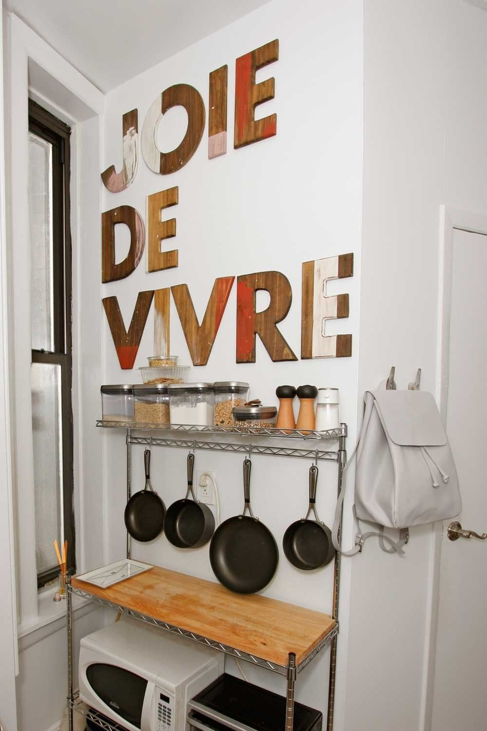 Art in the kitchen rooms that will inspire you to go big with