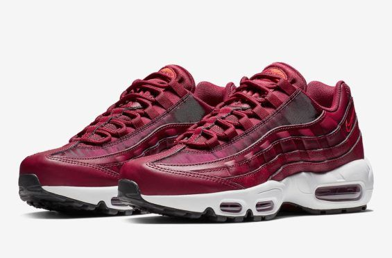 competitive price 85d03 d34e5 Official Images  Nike Air Max 95 Team Red   鞋   Nike air max、Nike dresses 和  Nike