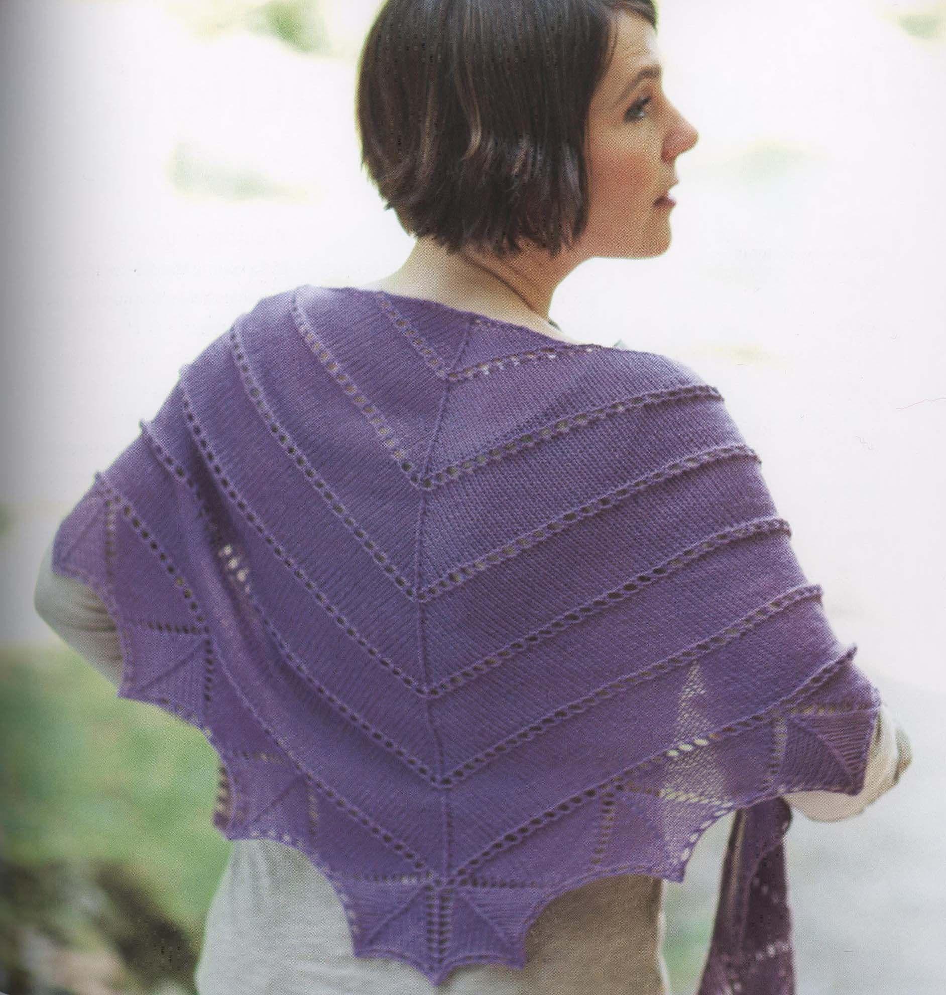 Einfaches Dreieckstuch Aus Fine Wool Foto Aus Dem Buch