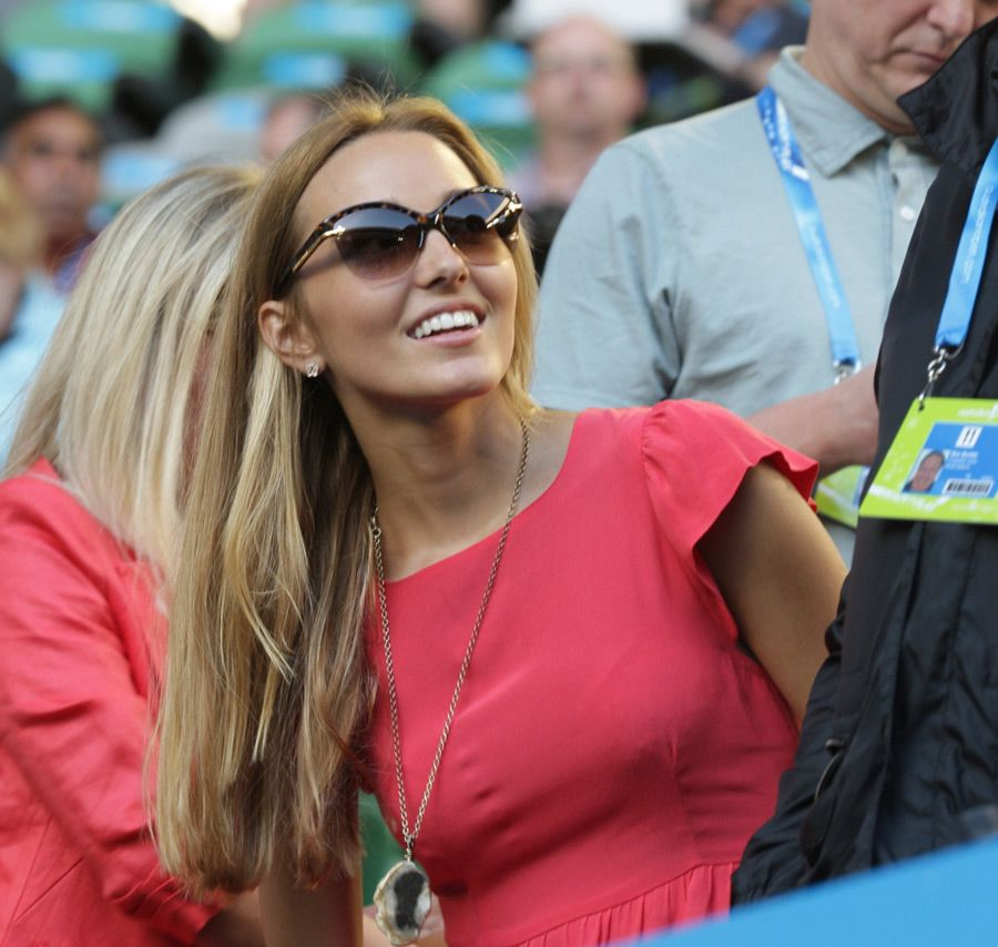 Jelena Ristic: red dress, cat sunglasses. #tennis.