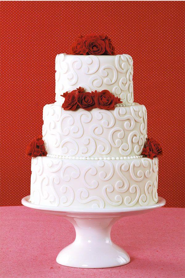 Bolo De Casamento Branco Com Rosas Vermelhas Com Imagens Bolo