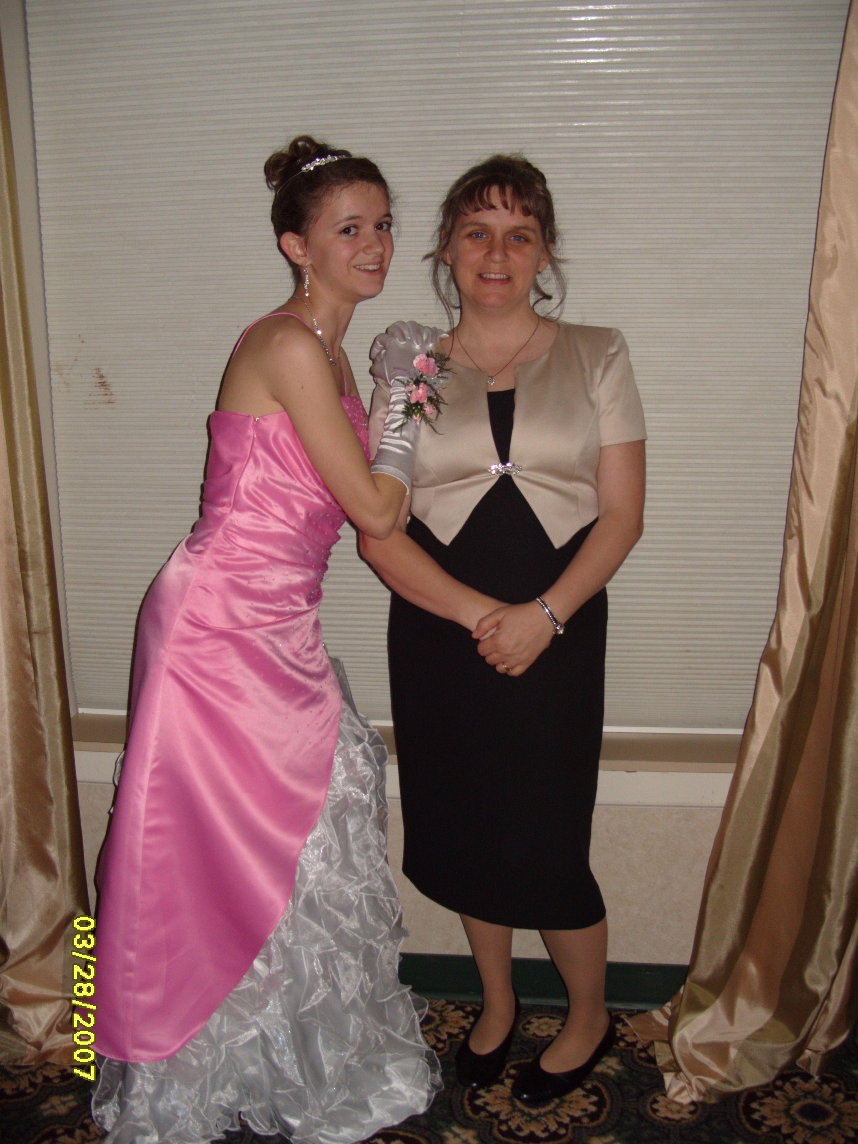 Princesses At Heart Jennifer Joann Formal Dresses Prom Dresses Fashion [ 3648 x 2736 Pixel ]
