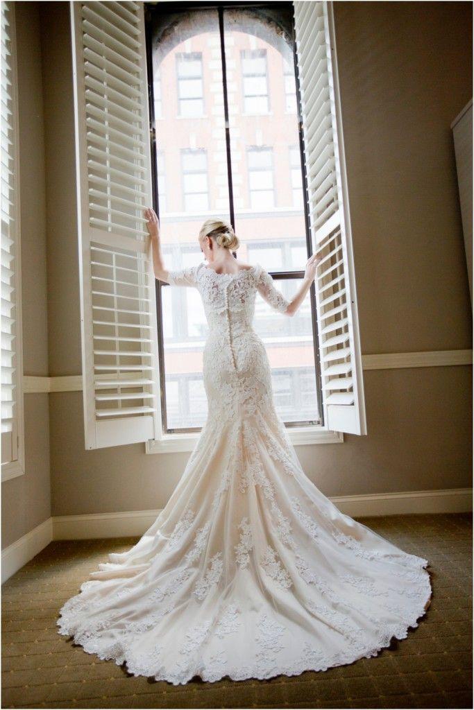 Stunning lace wedding dress!  photo by Dani Rose Photography