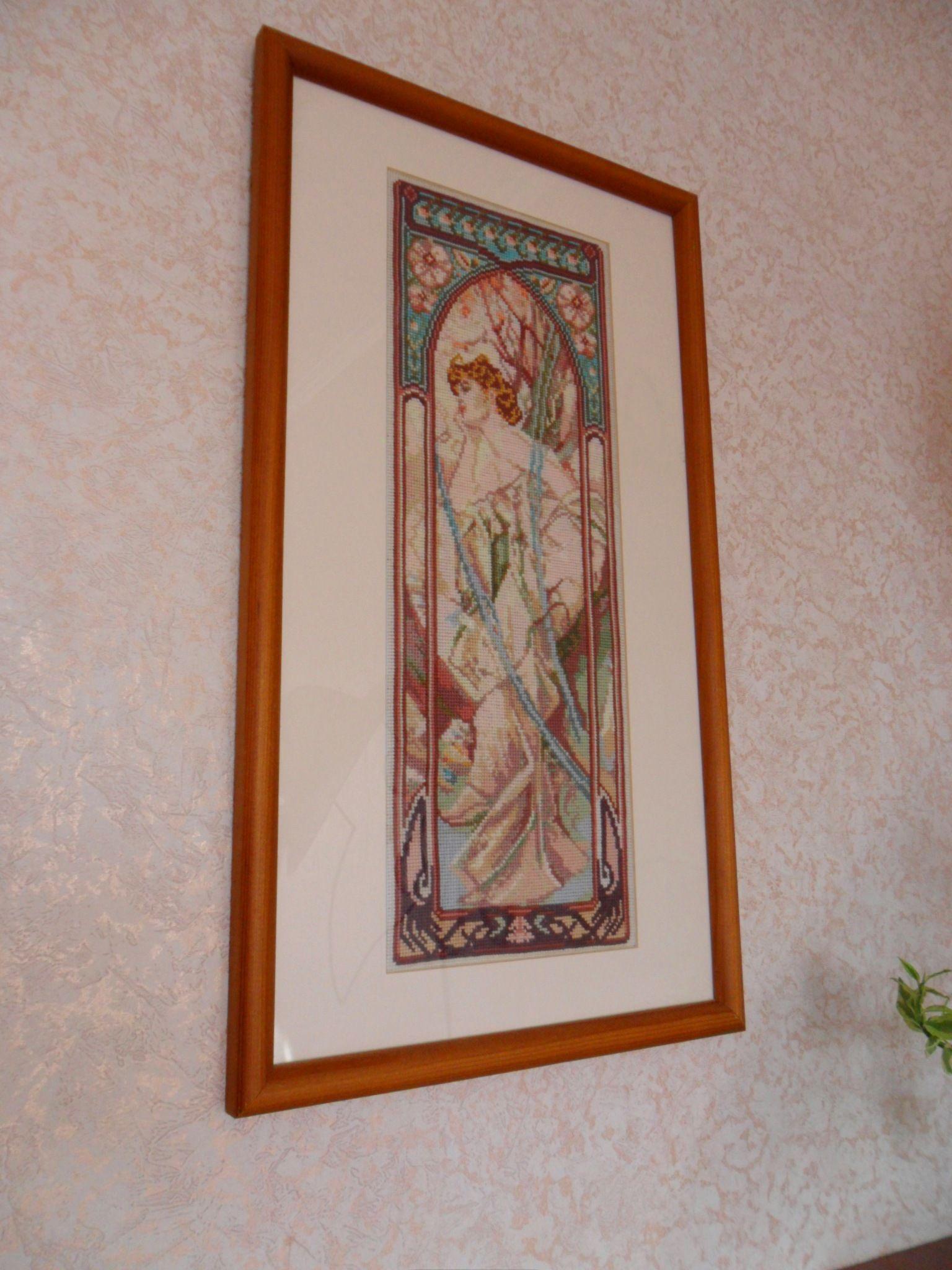 "Cross Stitch by Yaroslava Shevchenko (Russia). Работа выполнена по картине Альфонса Мухи ""Вечерние грёзы""."