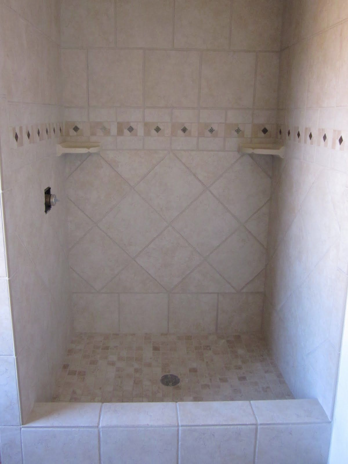 diamond tile pattern for shower | ... shower w/ diamond on bottom ...