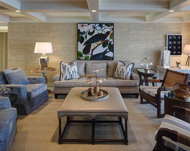 Cream and navy blue living room coastal color scheme - Navy blue living room color scheme ...
