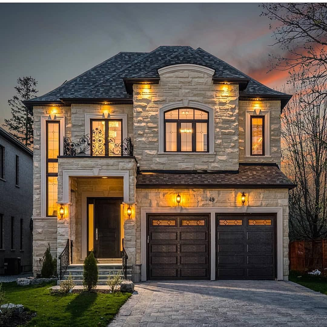 Captured By Cassondra Home: Comment One Word That Describes This Curb Appeal