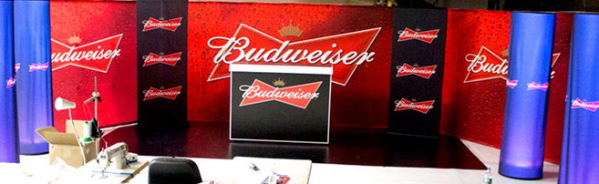 Budweiseru0027s Professional Portable Bar With Graphics Made By The Portable  Bar Company Https://