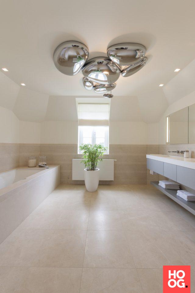 Modern badkamer ontwerp | badkamer ideeën | design badkamers ...