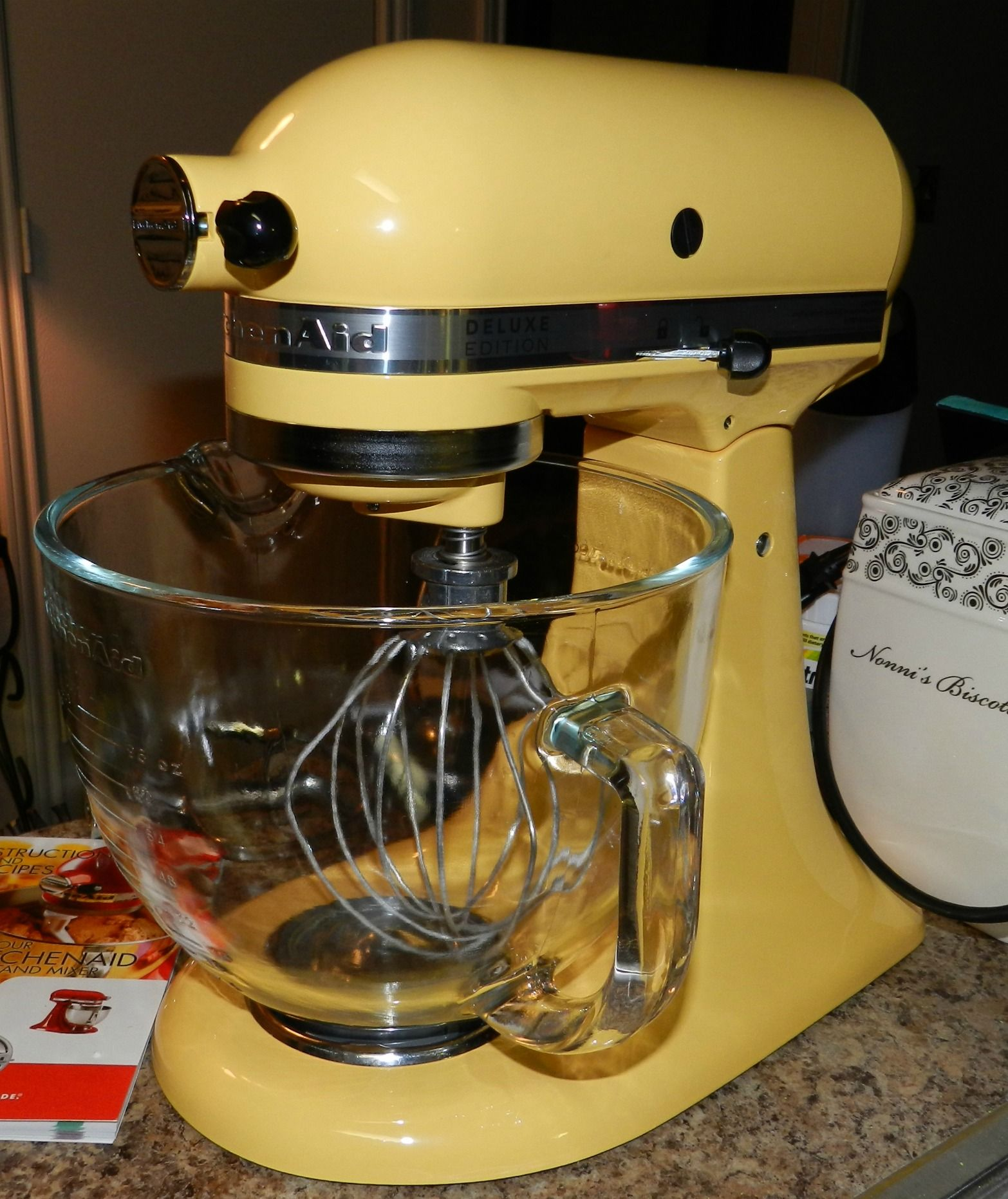 Kitchenaid mixer in buttercup :)   Love me some kitchenAid mixers ...