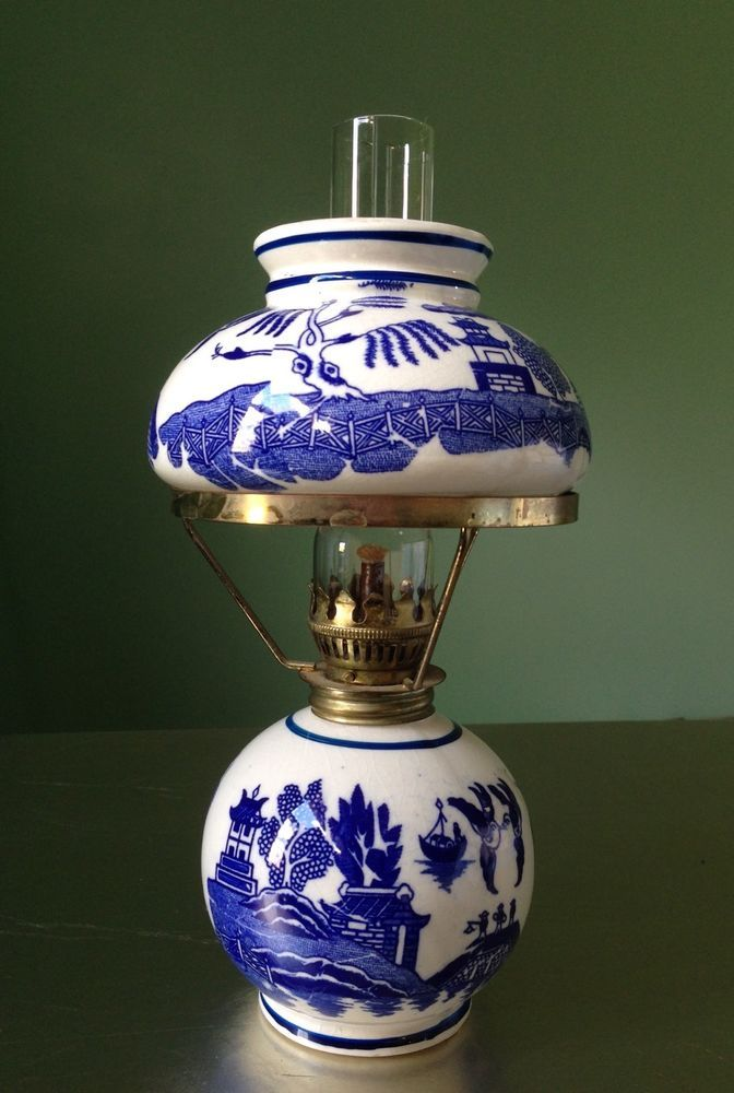 Vintage Blue Willow Kerosene Oil Lamp With Shade Bluewillow