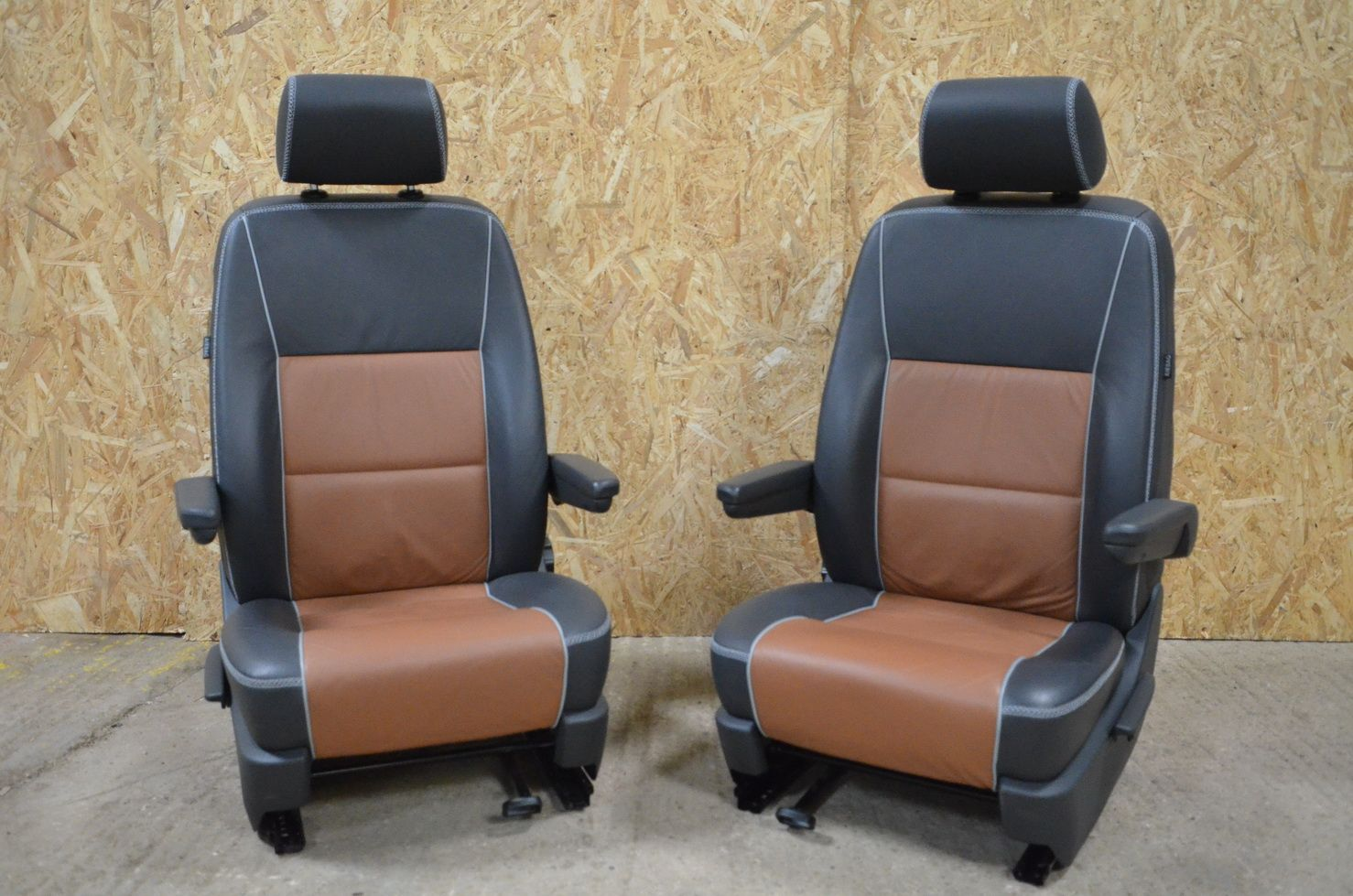 VW T5 California Front Captains Seats Panamerica