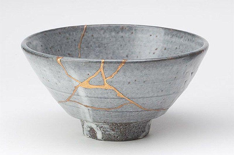 Kintsugi Les Cicatrices Font Partie De L Histoire Sun And Rain Ceramique Poterie Art Céramique