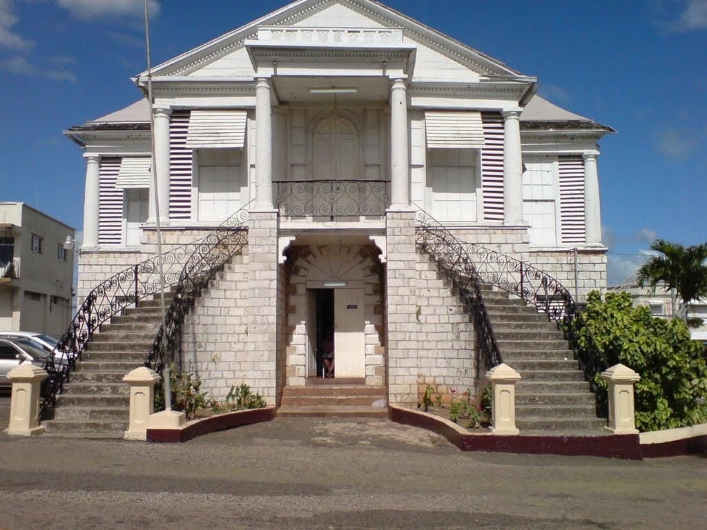 Halse hall is a plantation great house in clarendon for Building a house in jamaica