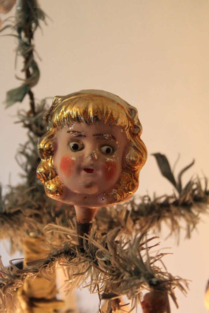 "Blown Glass Clip-on Figural Tree Ornament.. ""Goldie Locks"""