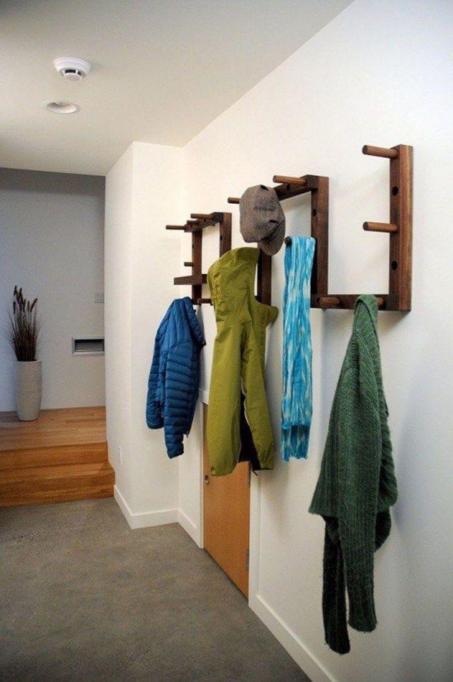 Porte Manteau Mural Super Original En 32 Idees De Bricolage Garderobe Selber Bauen Garderobe Selber Machen Haus Deko