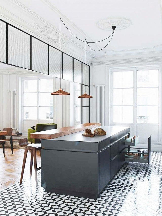 Inside a Timeless Bourgeois Apartment in Belarus Tile flooring - kleine k che l form
