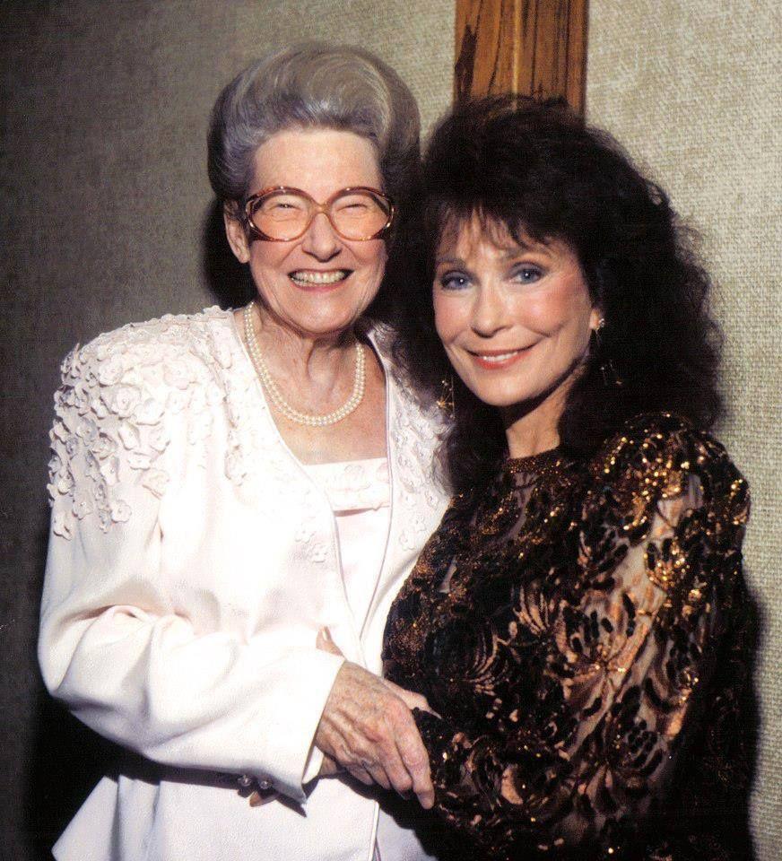 Minnie Pearl and Loretta Lynn