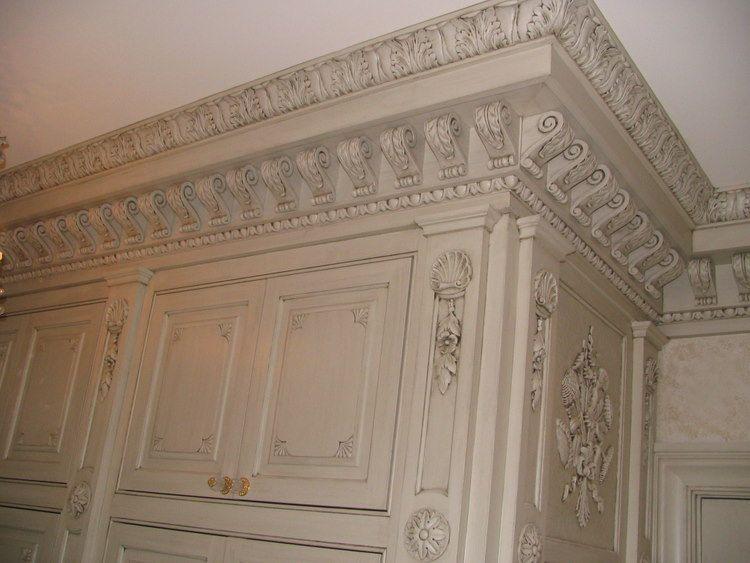 Crown molding with corbels artwork of andrei marek for Decorative corbels interior design