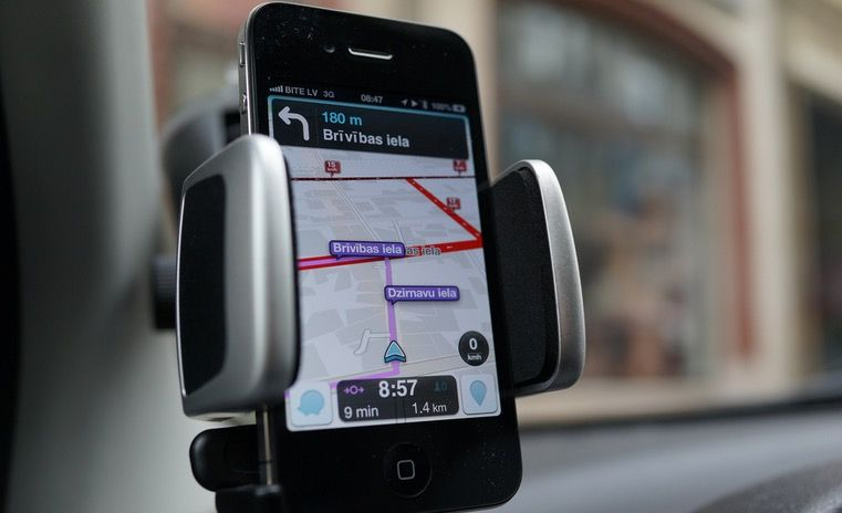 Why a Web company with four employees is suing Waze