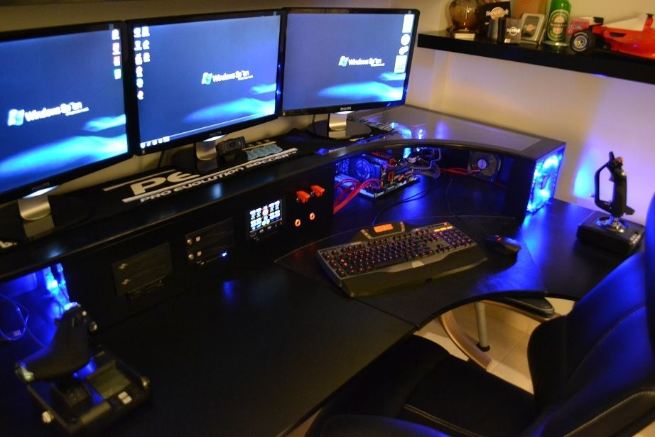 Nice gaming station Decor Workspaces Pinterest Nice