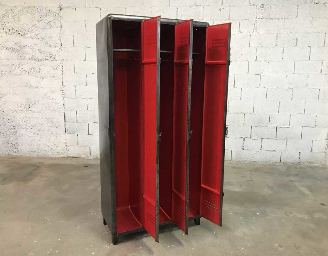Ancien Vestiaire Arrondi 3 Portes Decape Brosse Interieur Rouge Vestiaires Vintage Industriel Vestiaire