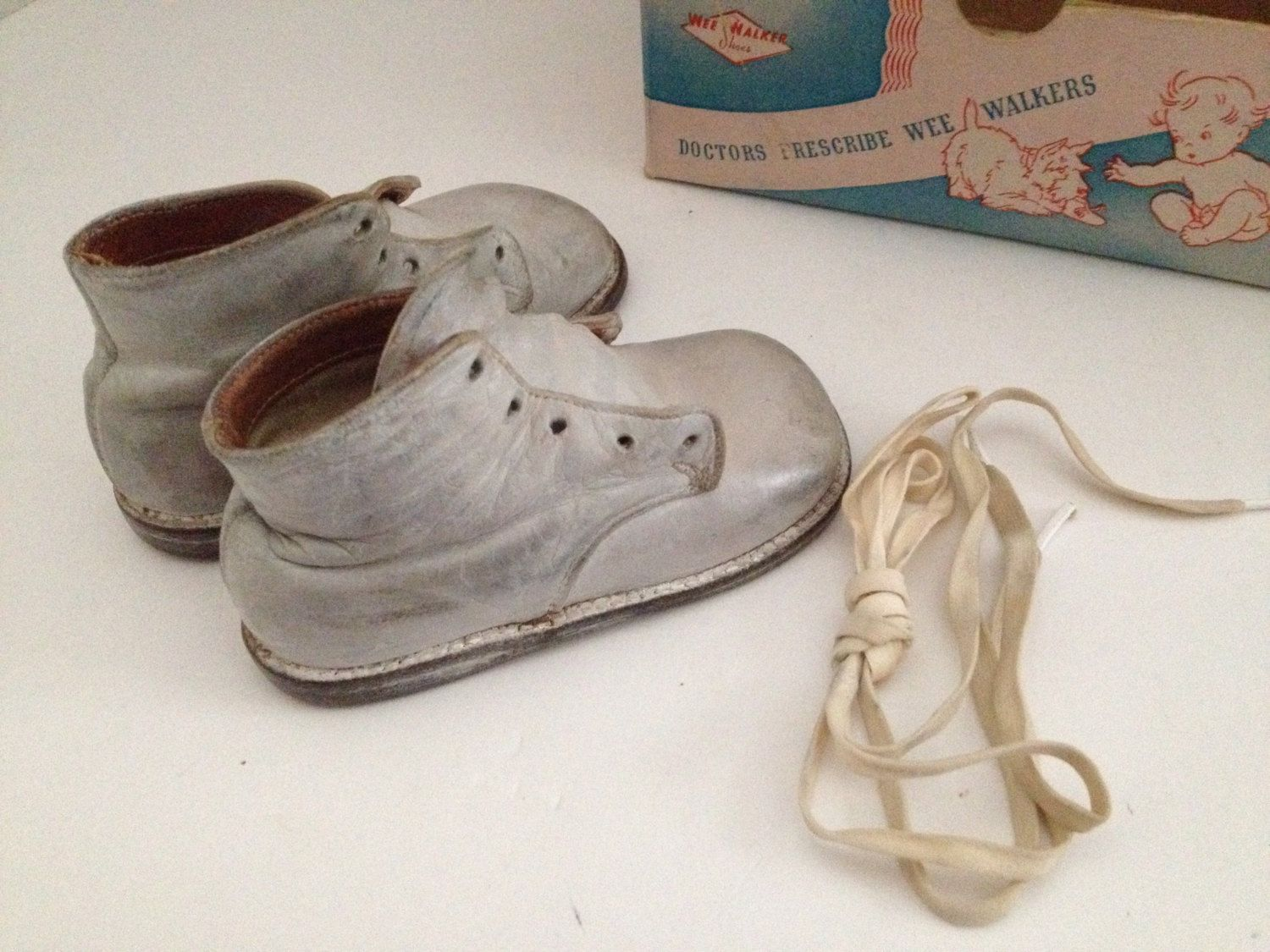 82a2a30e10cdf Vintage Baby Shoes Wee Walkers with Original Box Moran Shoe Company ...