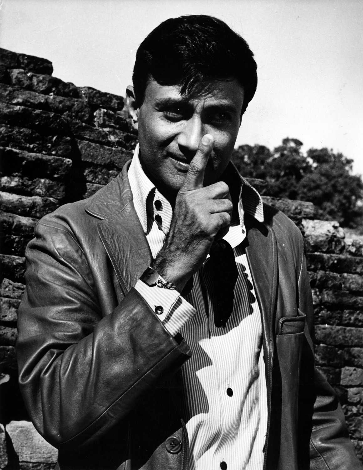 Dev anand photos and images in 2020