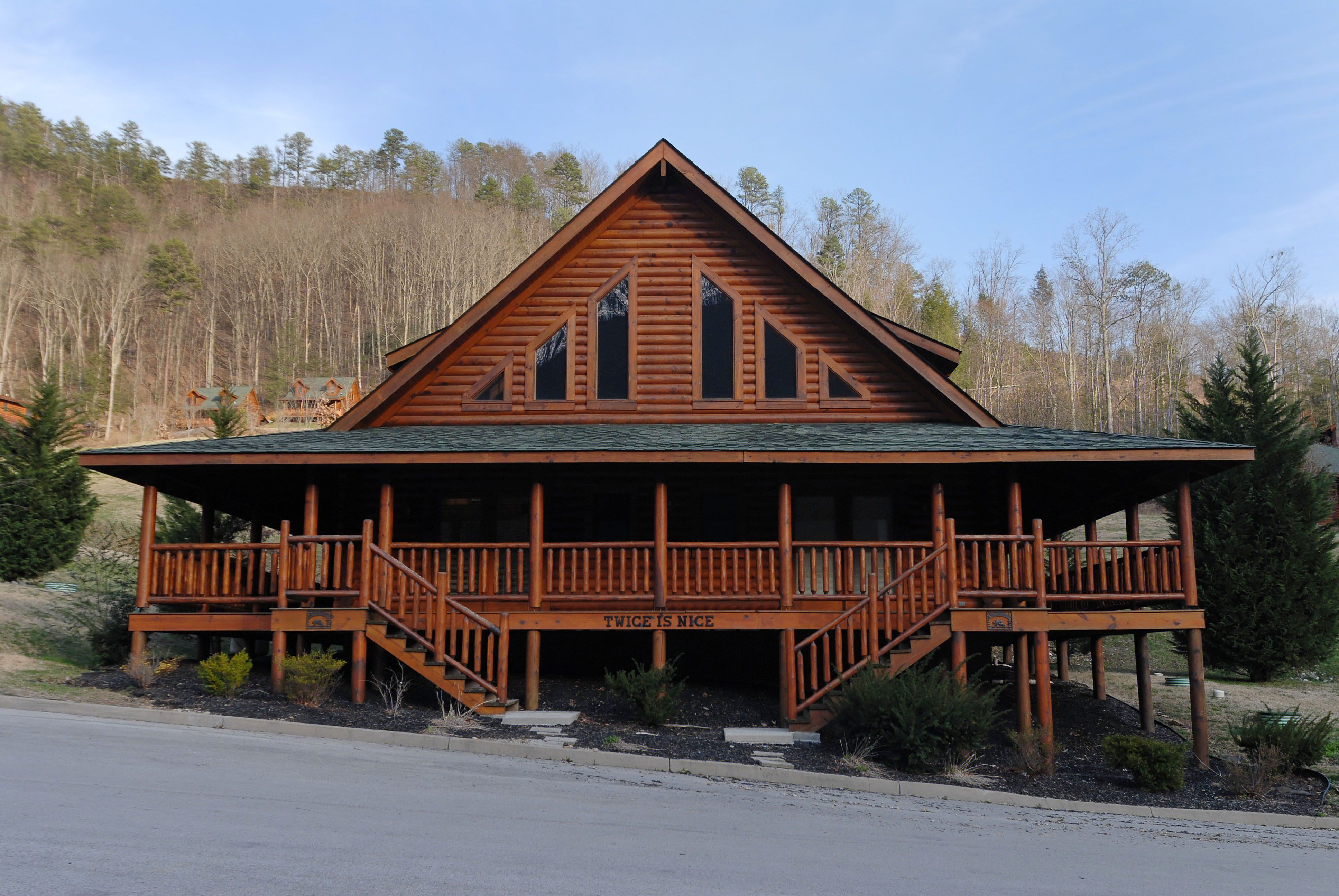 Twice Is Nice Wears Valley Cabins Sleeps 7 12 Fireside Chalets Cabin Log Cabin Rentals Smoky Mountains