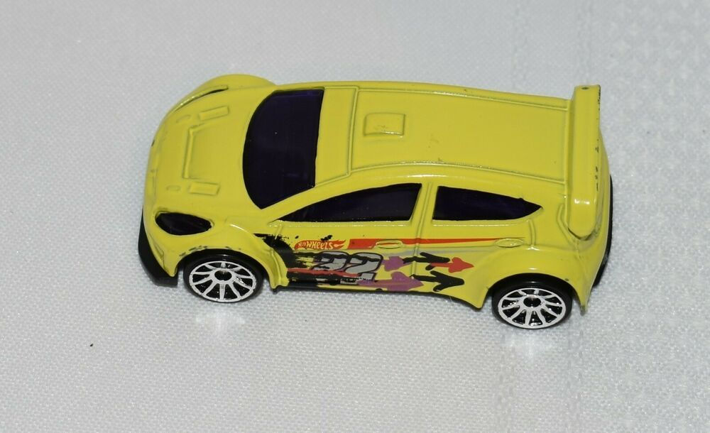 2011 Hot Wheels Yellow 2012 Ford Fiesta 22 Made In Thailand Hotwheels Ford Ford Fiesta Hot Wheels Fiesta
