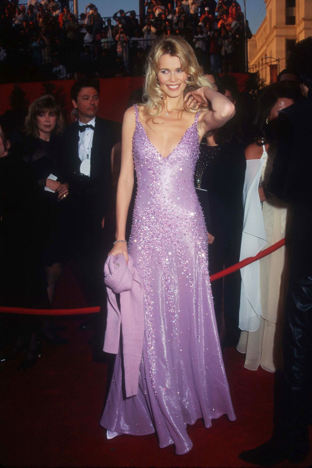 This Is What The Oscars Red Carpet Looked Like In 1995 90s Red Carpet Dresses 2000s Prom Dress Dresses [ 1799 x 1200 Pixel ]