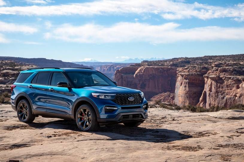 2020 Ford Explorer The sixth-gen Explorer has improved performance, fuel economy, towing capacity a