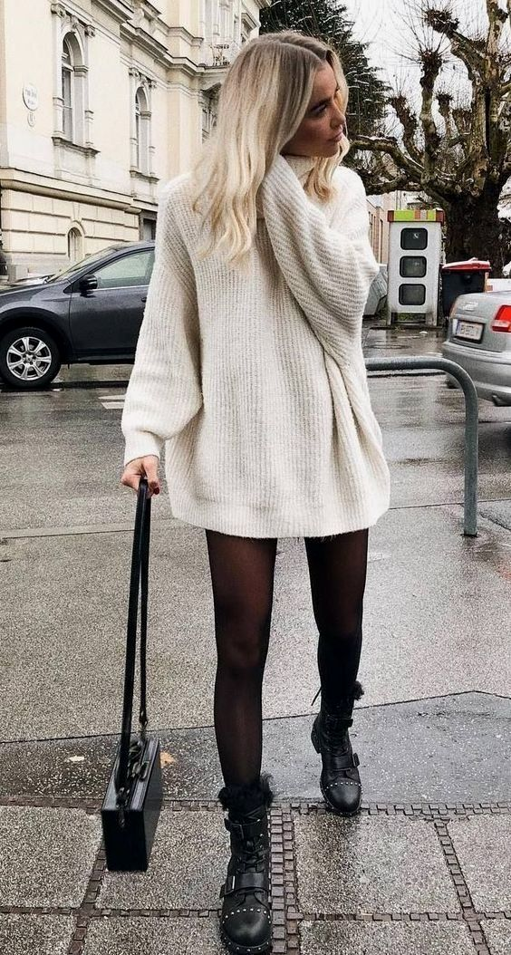 20 Outfits With Oversized Sweaters glamsugar.com