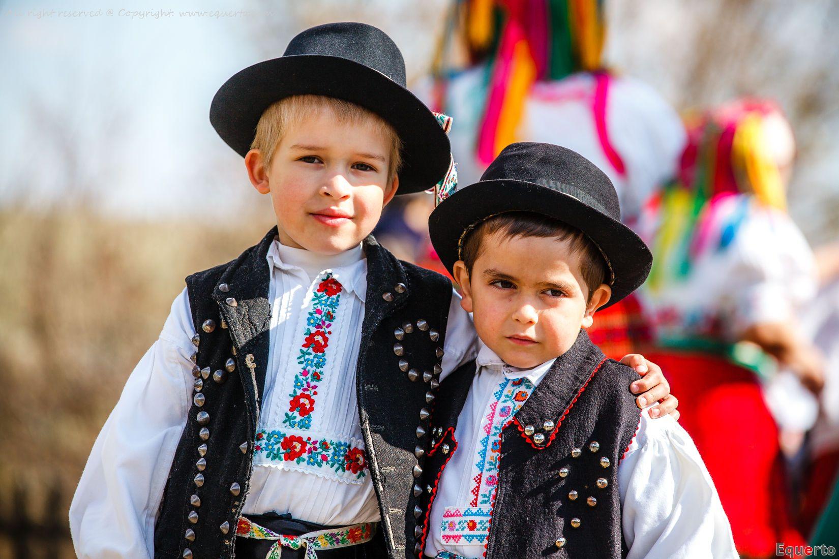 54d95120f1 Hollókői népviselet - Hungarian boys with traditional costumes from Hollókő