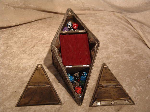 Mtg Realm Magic The Gathering Store Magic Crafts Deck Box Diy